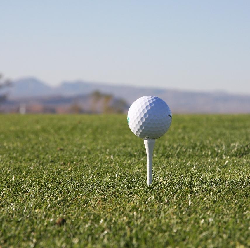 benefit of a golf simulator