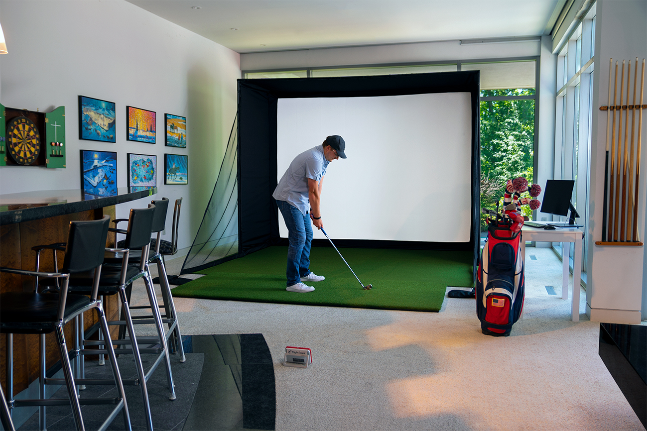 Best Golf Simulators from Carl's Place 2021